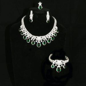 Classic Emerald and Diamante Jewellery Set
